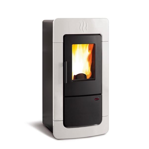 pelletofen la nordica extraflame diadema idro 28 4kw wasserf hrend schornstein fachhandel. Black Bedroom Furniture Sets. Home Design Ideas